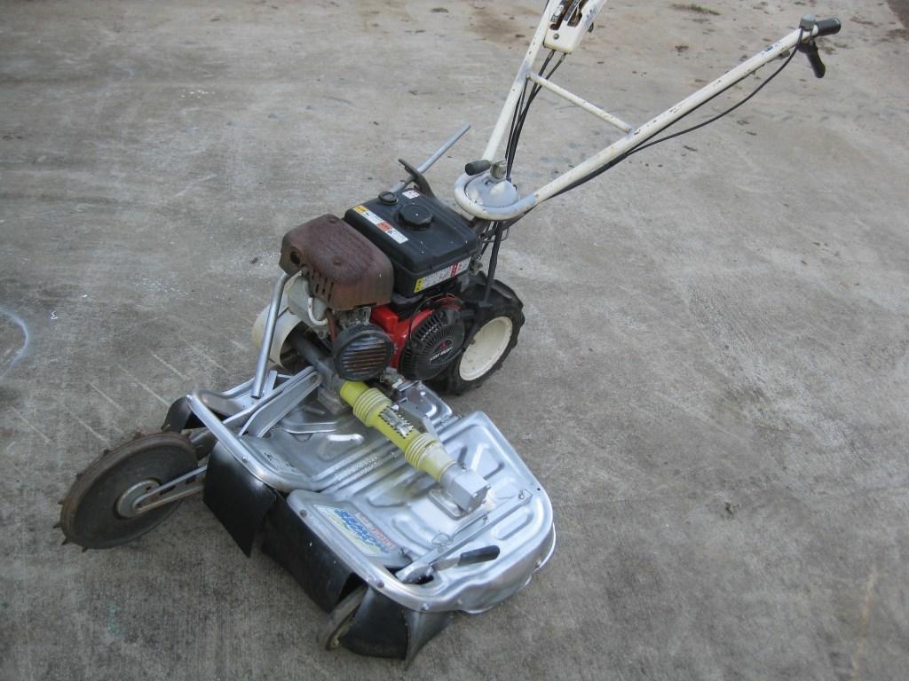 オーレック OREC ウィングモア 自走式二面畦草刈機 WM706 中古