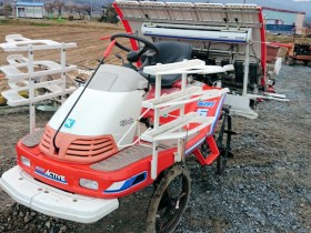SPA5 田植機 側条施肥機