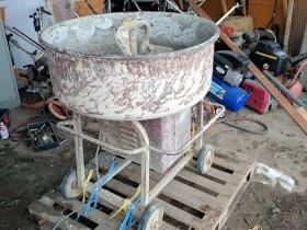 コンクリート モルタル ミキサー 撹拌(かくはん)機 肥料 飼料 混合 100V 左官 中古