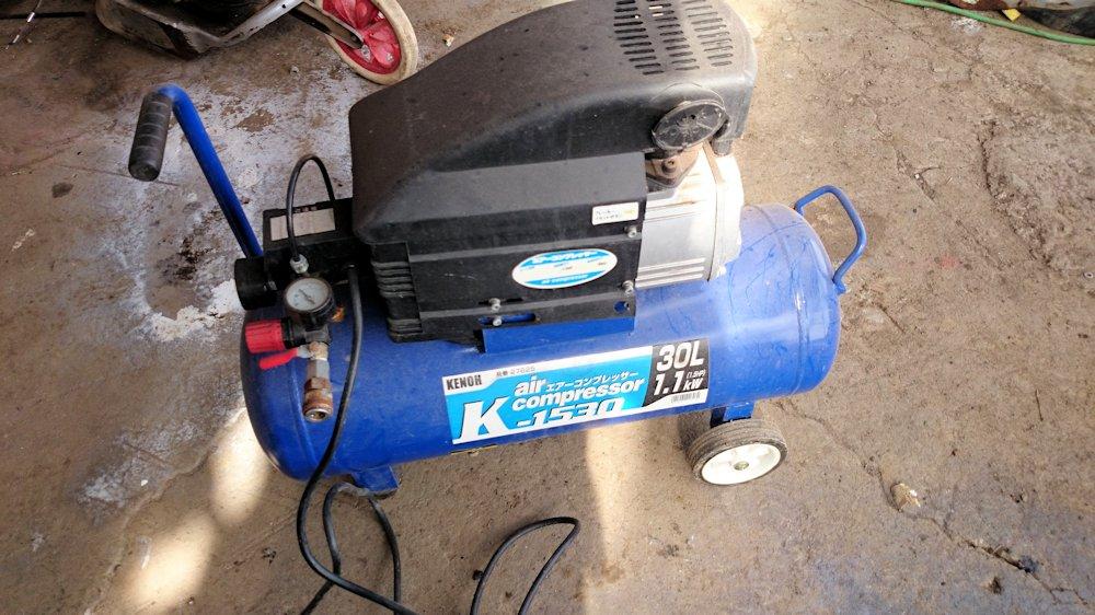 KENOH エアーコンプレッサー K-1530 30L 1.1kW ジャンク