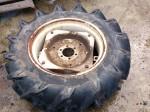 トラクター 後輪タイヤ 11.2-24 4PLY オーツ 1本 ホイル付 単品 中古