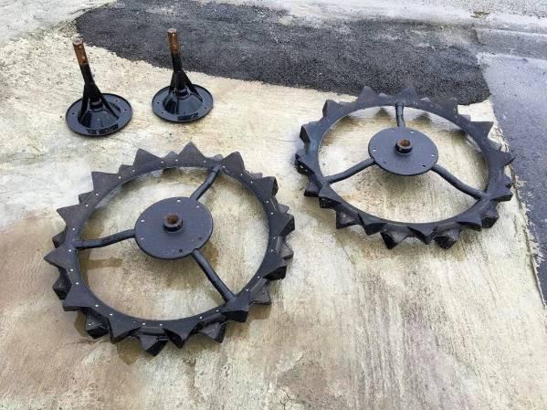 ヤンマー 補助車輪 オーツタイヤ サイズ 29.5×3 1/2 取付金具付 美品 中古