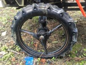 クボタ 田植機タイヤ 前輪 タイヤサイズ 2.50-17 美品 中古