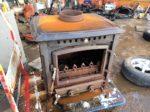 暖炉 薪ストーブ 鋳物製 重量120~130kg 現状 中古