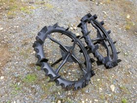 三菱 田植機 中古後輪タイヤ 幅870mm MPR等 2.50-27 社外ブリヂストン 内径 35mm 補助車輪軸付 美品