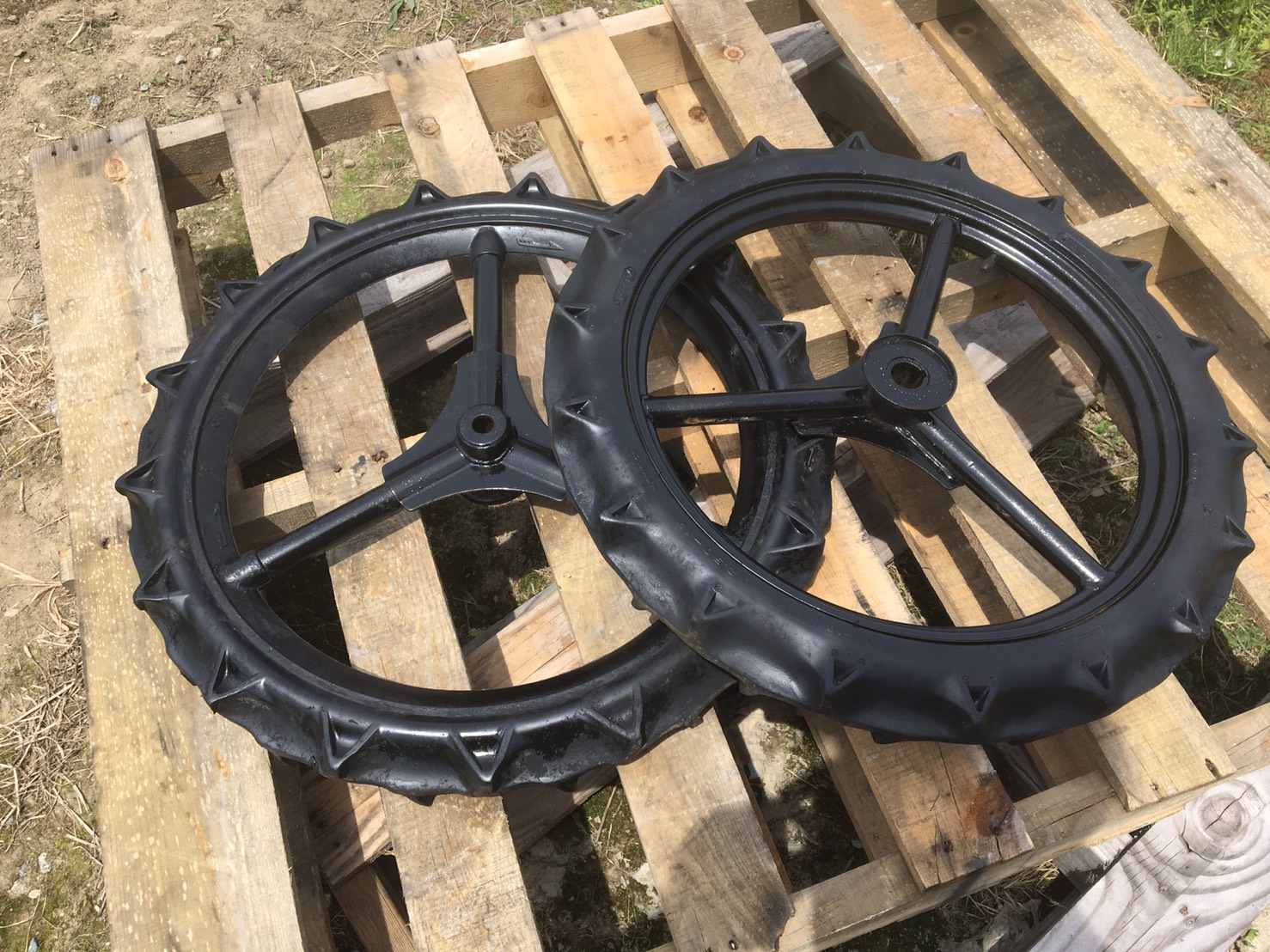 クボタ田植機 前輪 車輪 中古 600×60 直径60cm