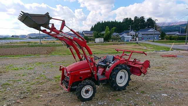 三菱トラクター MTX245 パルシードα1 フロントローダー付(250kg) 24馬力 834時間 除雪、砂運び、砂利、クレーン代わりに等 逆転PTO クイックターン 実働品