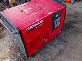 ホンダ(HONDA) 発電機 EXT4000 三相 200V 50Hz (100Vも使用可能です) 内外装美品 キャブレター掃除済 バッテリー新品 完全実働品